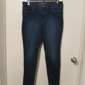 Gloria Vanderbilt All-Around Slimming Effect jeans